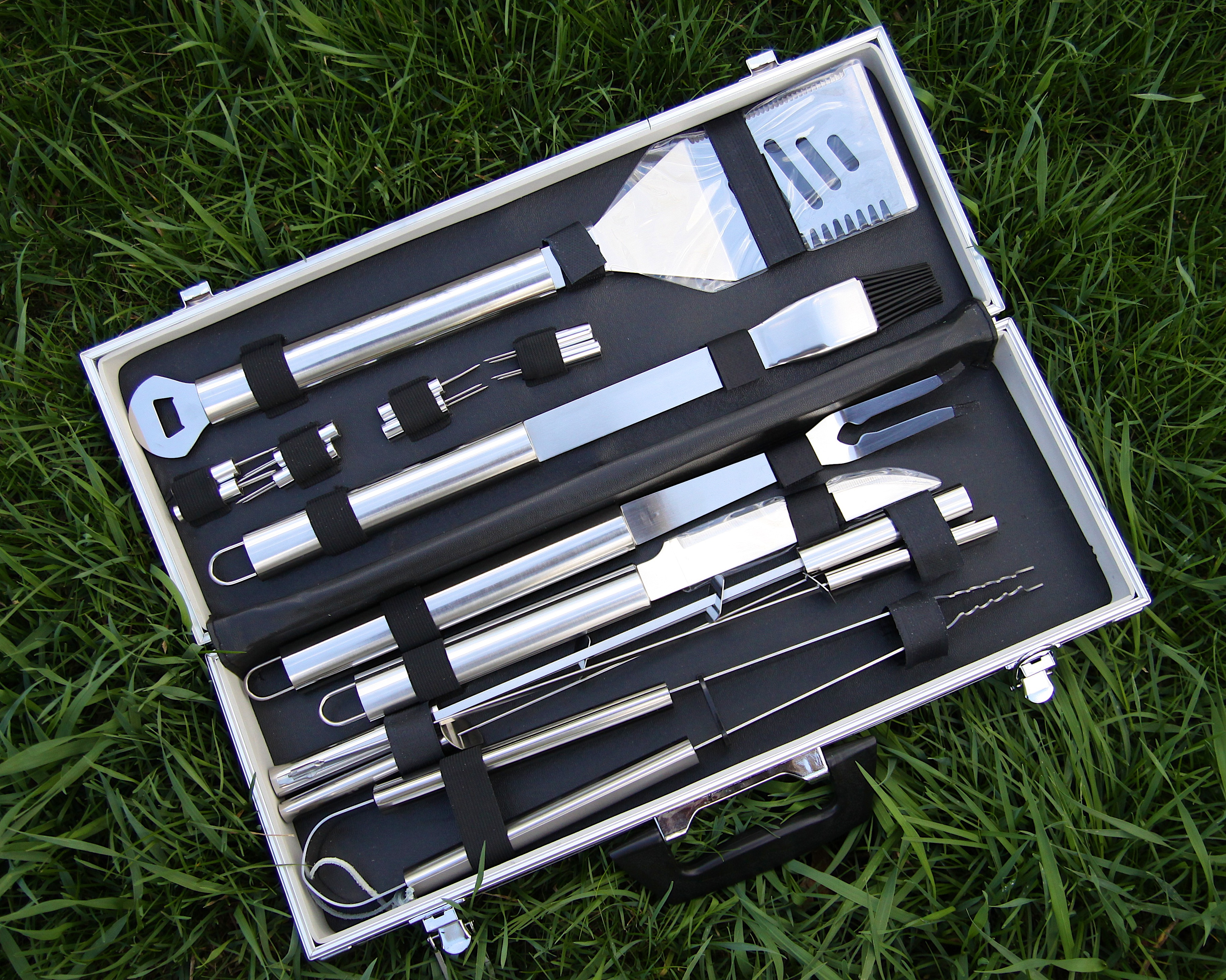 mr bbq 18 piece stainless steel tool set