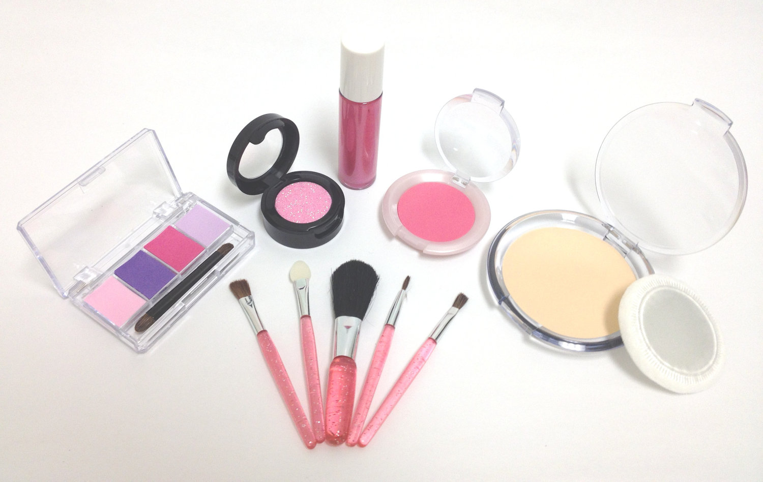 little cosmetics essentials kit