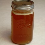 a simple real food recipe :: nourishing beef stock