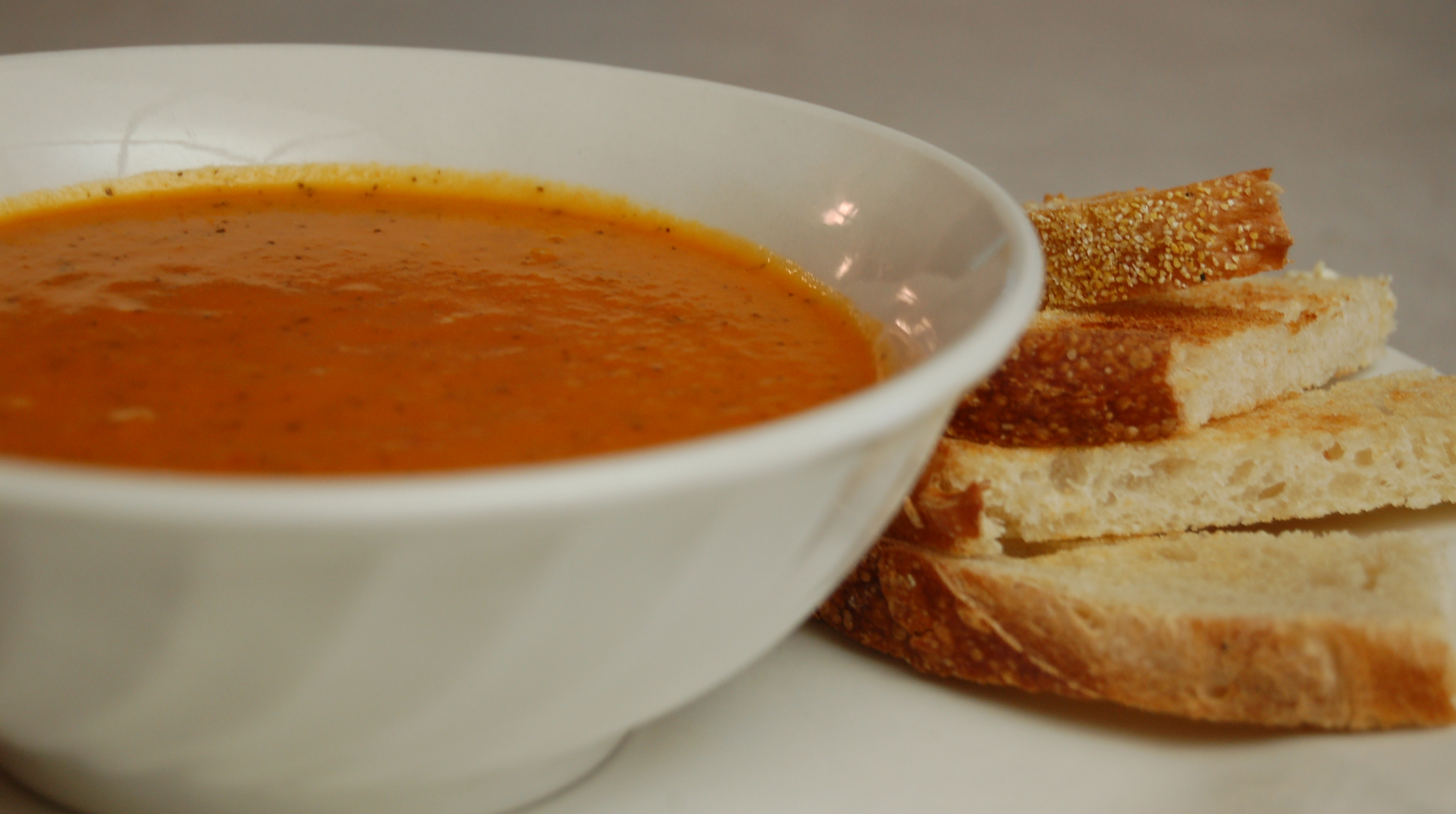 a simple real food recipe :: tomato soup
