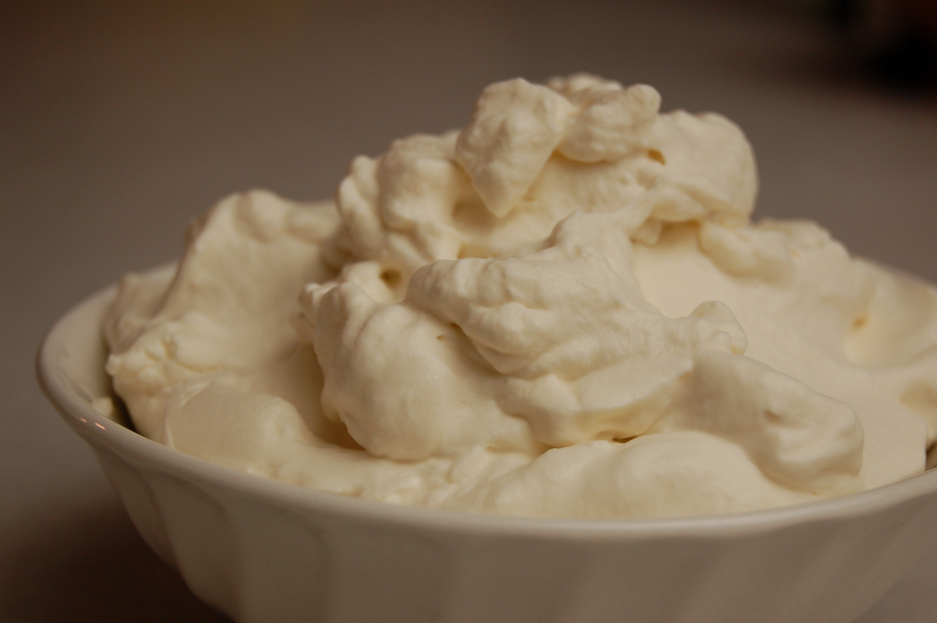 a simple real food recipe :: whipped cream