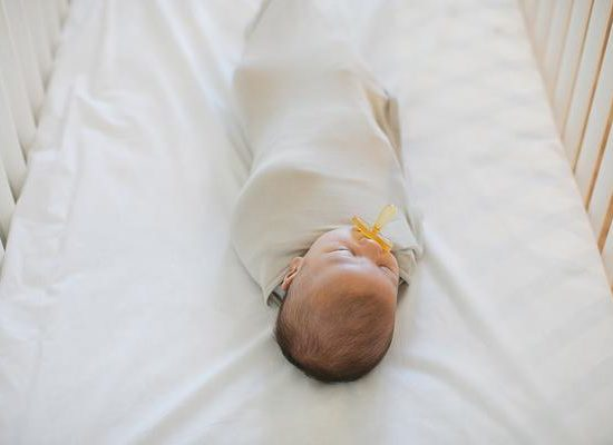 theollieswaddle-infant-swaddle